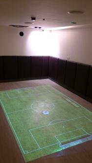 地板互動小遊戲